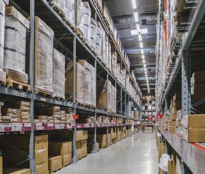 ¿Cómo planificar la gestión de cargas en tu almacén?