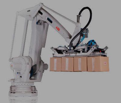 Carga y descarga de piezas en máquinas